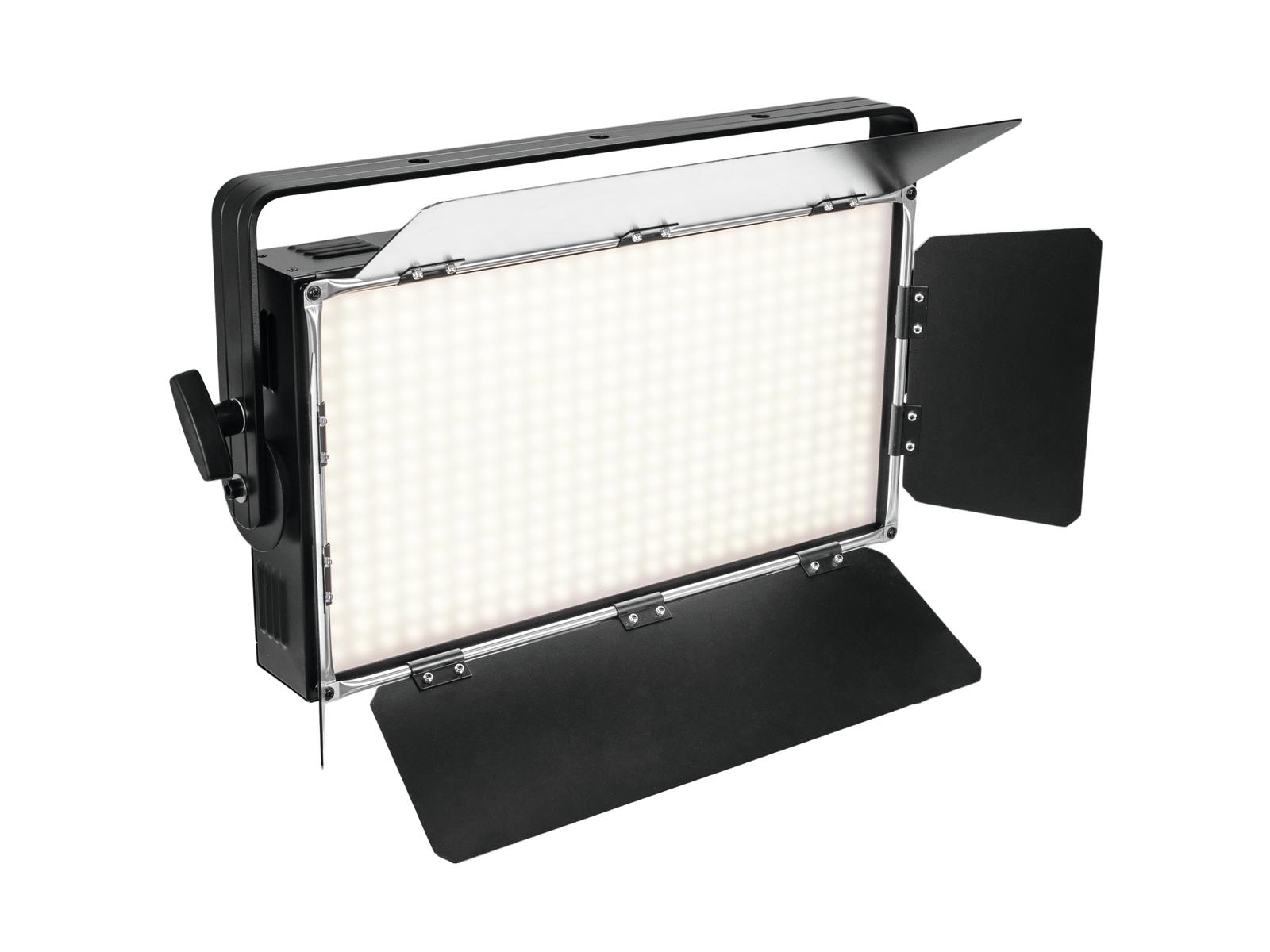 Eurolite LED PLL-360 LED reflektor, 3200K