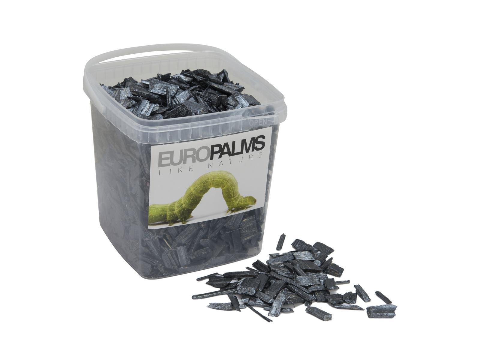 Dekorační dřevěné štěpky černé, balení 5,5 litru