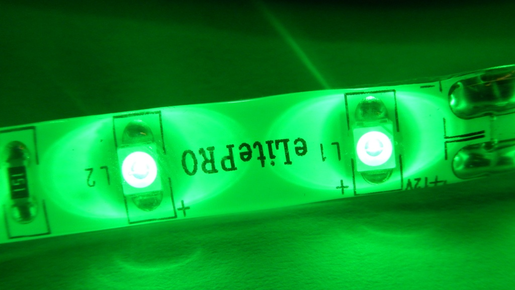 LED páska SMD3528, zelená, 12V, 1m, IP54, 60 LED/m
